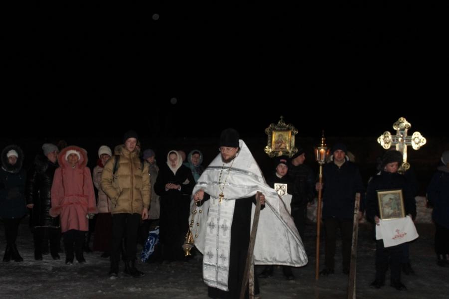 Верующие Чесменского района отметили Крещение
